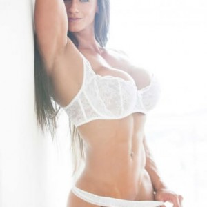 Cindy-Landolt-Maxim-Hot-100-2014-1